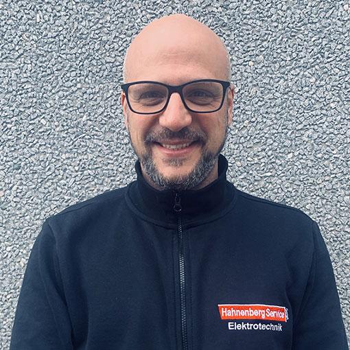 Salvatore Vicari