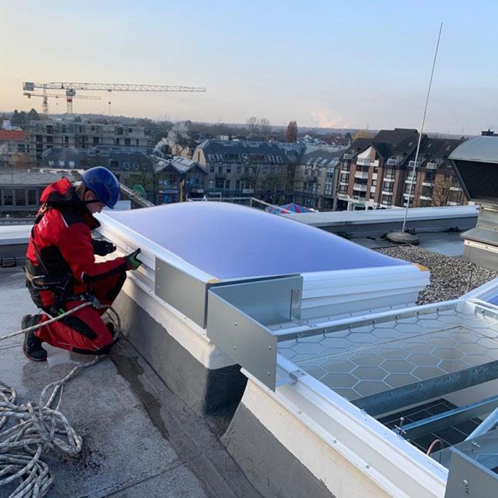 Neumontage und Wartung von elektrischen RWA-Anlagen